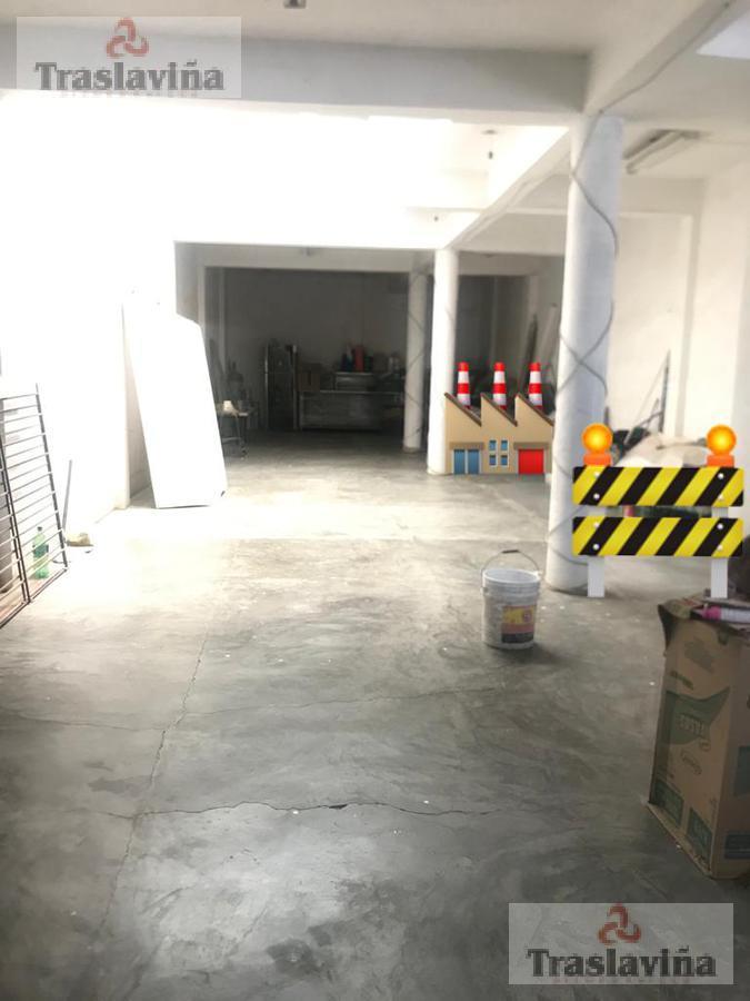 Foto Bodega Industrial en Renta | Venta en  León ,  Guanajuato  Calle de la Postura al 300