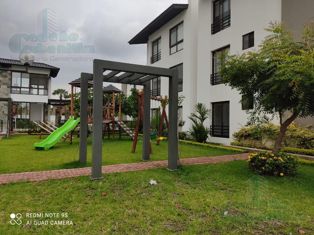 Foto Departamento en Venta en  Samborondón ,  Guayas  VENTA DEPARTAMENTO DE ESTRENO KM 2