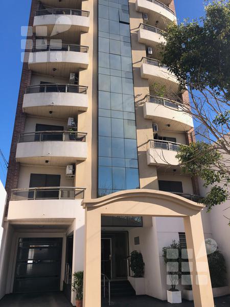 Foto Departamento en Venta en  La Plata ,  G.B.A. Zona Sur  8 e/ 33 y 34