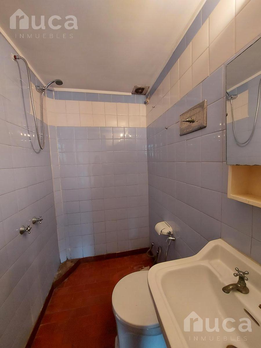Foto Departamento en Alquiler en  Olivos,  Vicente López  Monoambiente para uso profesional! Av. Maipú al 3000