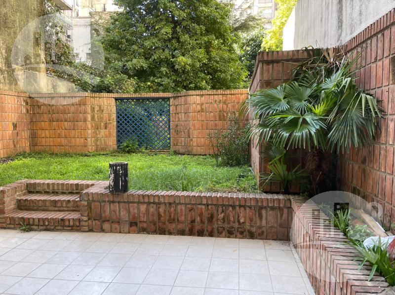 Foto Departamento en Alquiler en  Recoleta ,  Capital Federal  Dto. 3 amb. mas dependencia 240 Mts2 totales con jardin