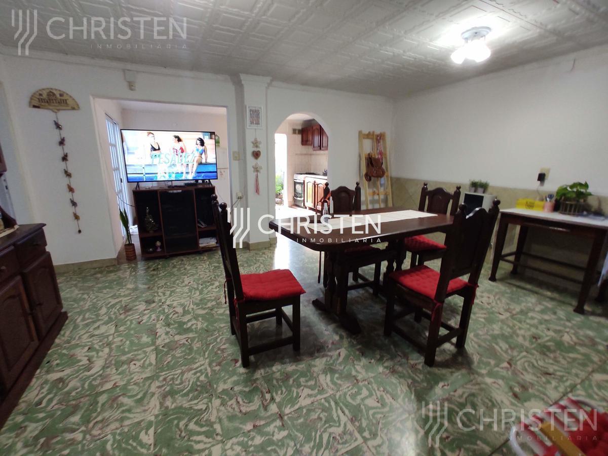 Foto Casa en Venta en  Santa Fe,  La Capital  Rivadavia al 5400