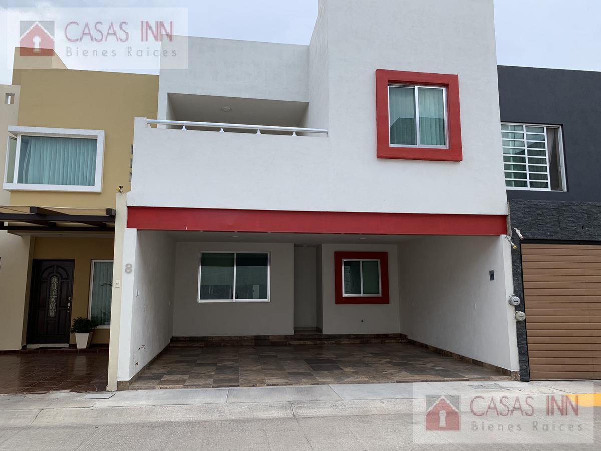 Foto Casa en Venta |  en  Unidad habitacional Coto San Nicolás Predio San Juan,  Zamora  CASA EN VENTA COTO SAN NICOLÁS EN ZAMORA MICHOACAN