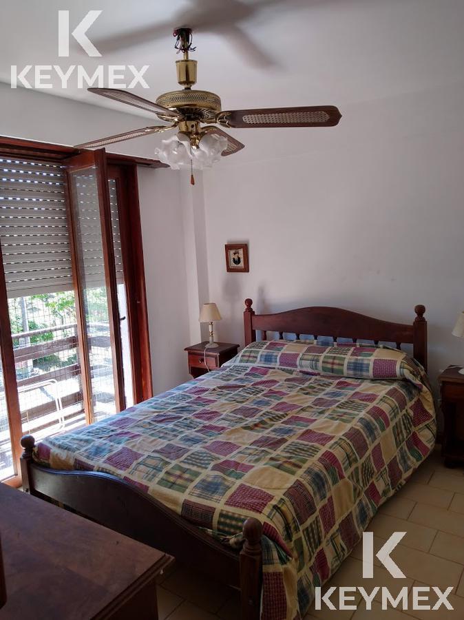Foto Departamento en Venta | Alquiler temporario en  Villa Gesell ,  Costa Atlantica  Paseo 119 entre 2 y 3