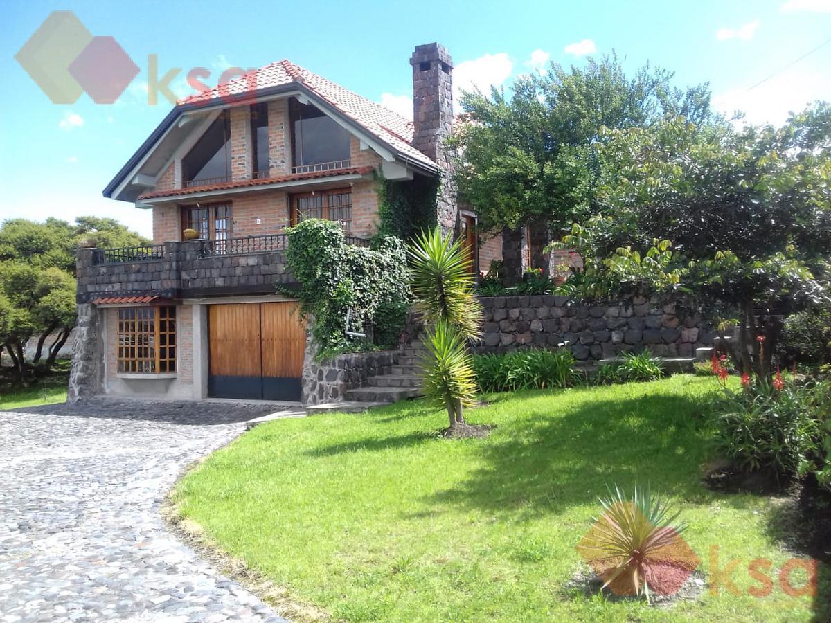 Foto Casa en Venta en  Los Chillos,  Quito  El Colibri