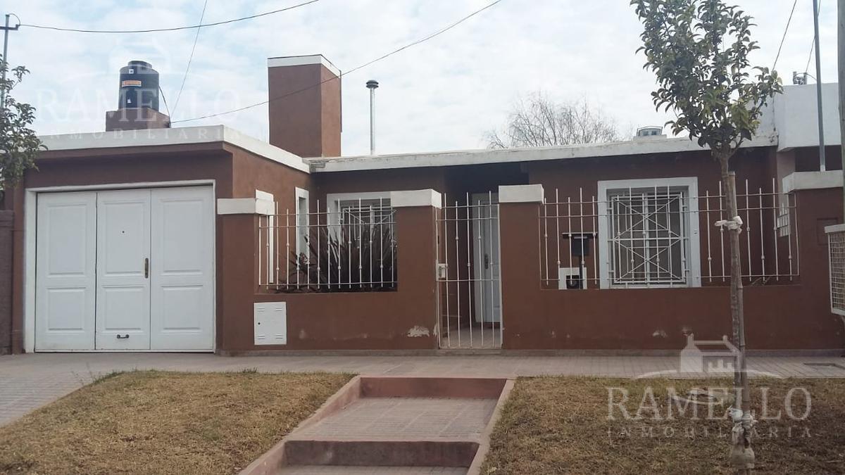 Foto Casa en Venta en  Banda Norte,  Rio Cuarto  San Luis al 1400