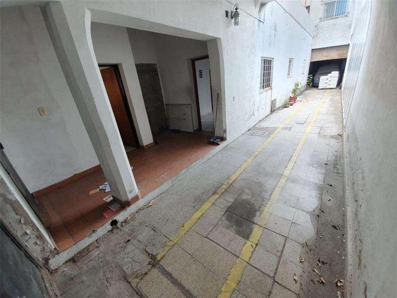 Foto Galpón en Venta en  Villa Martelli,  Vicente López  Venezuela 4400