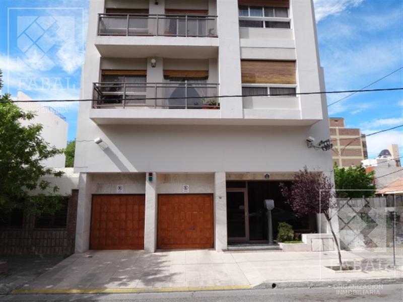 Foto Departamento en Alquiler en  Área Centro Este ,  Capital  Sargento Cabral 86