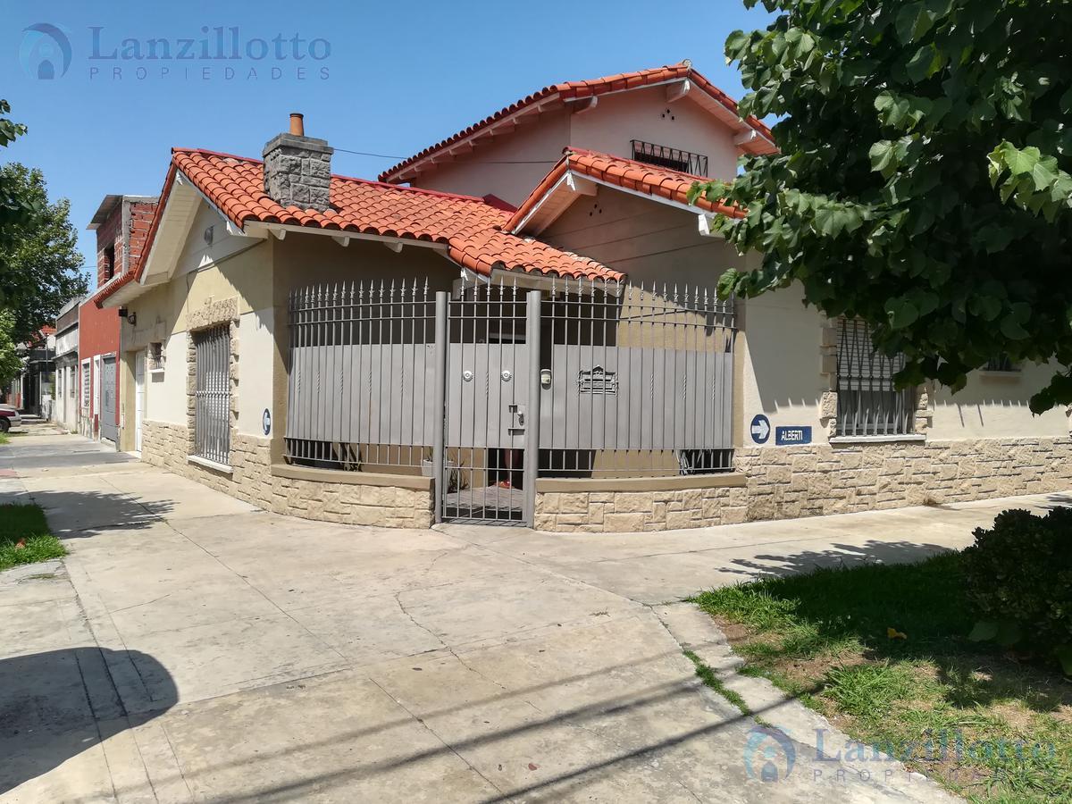 Foto Casa en Venta |  en  Banfield,  Lomas De Zamora  Pueyrredon al 592