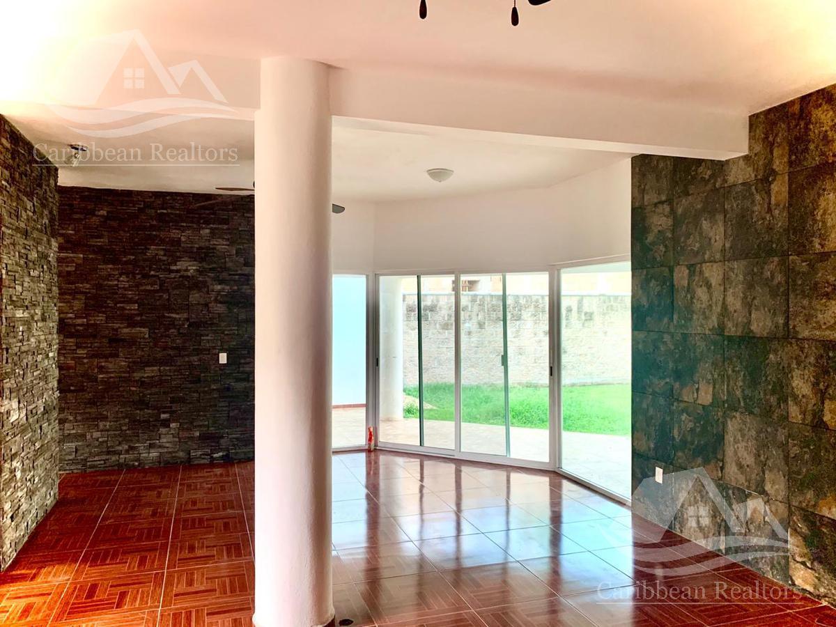 Picture House in Sale in  Villa Magna,  Cancún  Villa Magna
