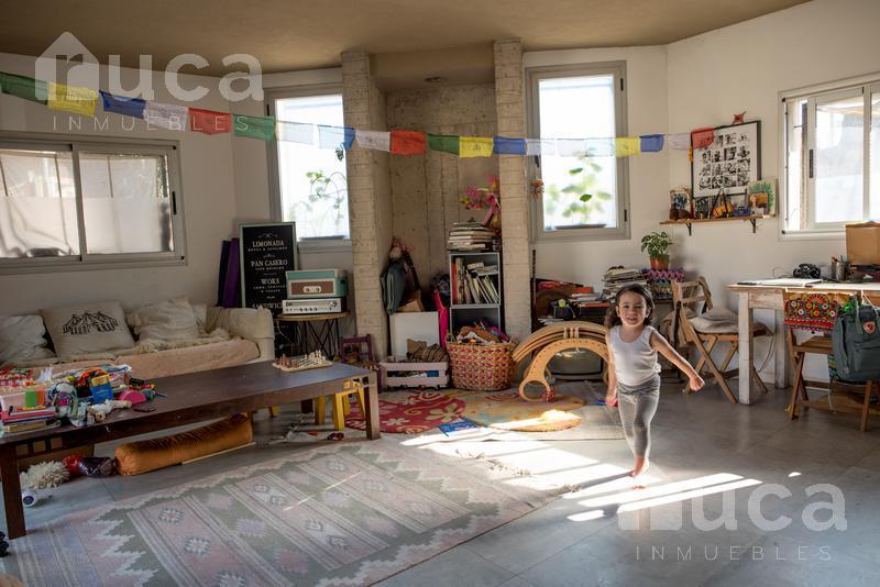 Foto Casa en Venta en  San Isidro ,  G.B.A. Zona Norte  Jovial y acogedor PH con espacios abiertos para disfrutar Misiones al 500