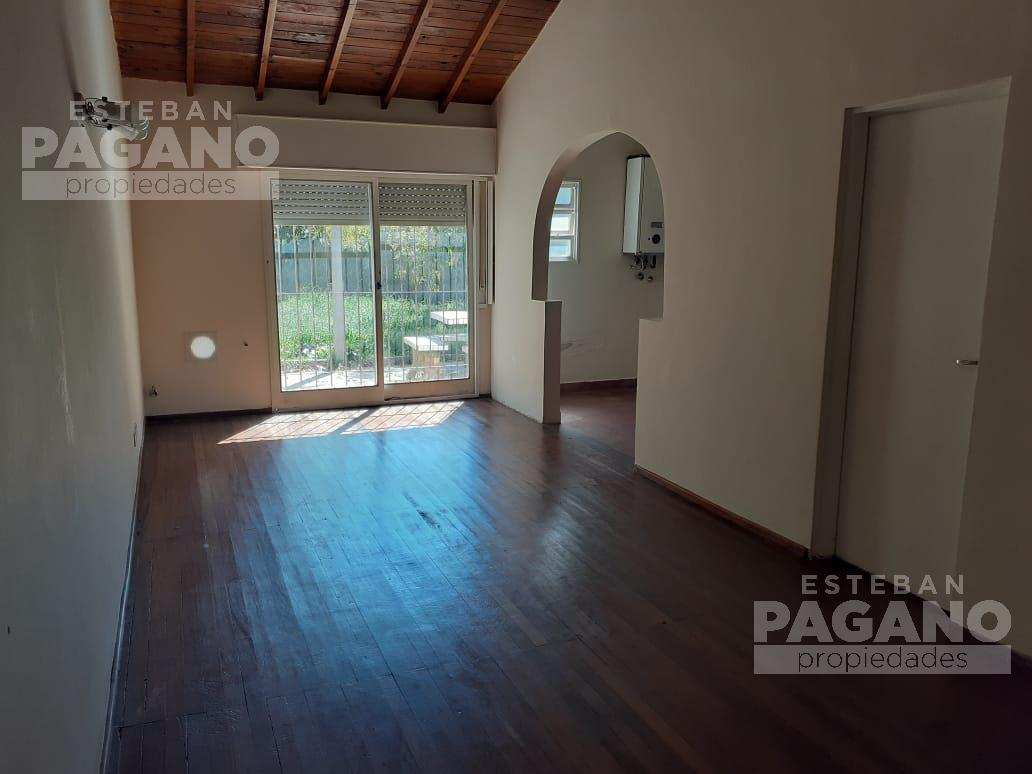 Foto Casa en Venta en  La Plata ,  G.B.A. Zona Sur  85 e 10 y 11 N° 8