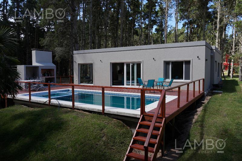 Foto Casa en Alquiler temporario en  Costa Esmeralda,  Punta Medanos   ALQUILER TEMPORARIO VERANO 2020, Costa Esmeralda- Barrio Senderos 3