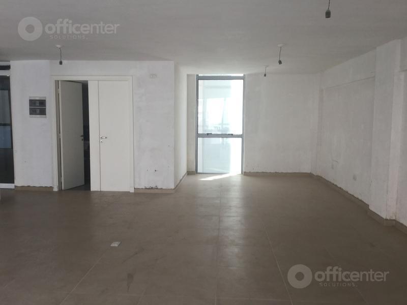 Foto Oficina en Alquiler en  Centro,  Cordoba Capital  Oficina en Alquiler de 113 m2 - 27 de Abril al al 300