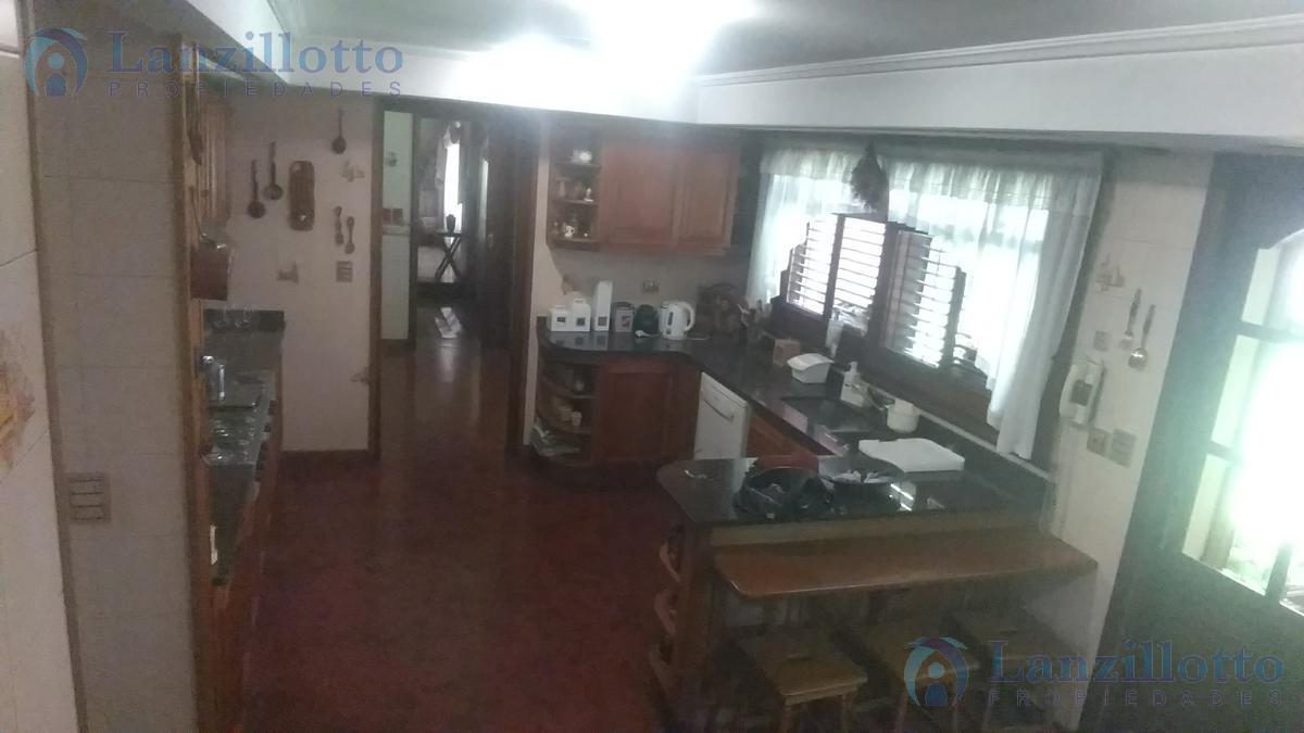 Foto Casa en Venta en  Lanús Este,  Lanús  Sitio de Montevideo al 1300