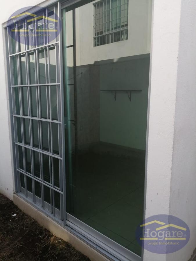 Casa en Renta en Loreto Residencial, Zona Sur dentro de privada en León, Gto.