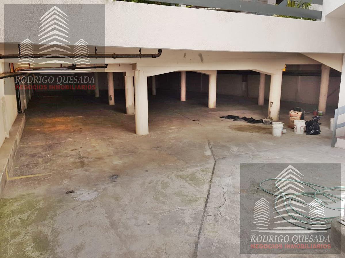 Foto Cochera en Venta en  San Bernardo Del Tuyu ,  Costa Atlantica  COCHERA CUBIERTA SOBRE CHIOZZA