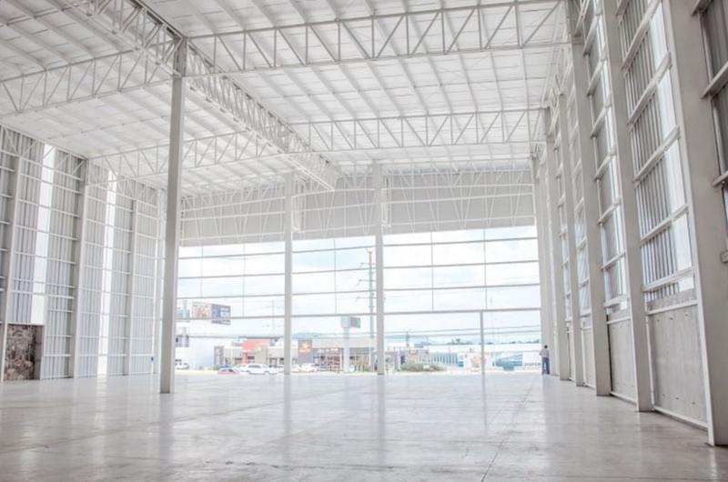 Foto Bodega en Renta en  Rancho o rancheria Rancho Contento,  Zapopan  Nave Industrial Renta Show Room Parque Nogales $189,650 Sargon E1