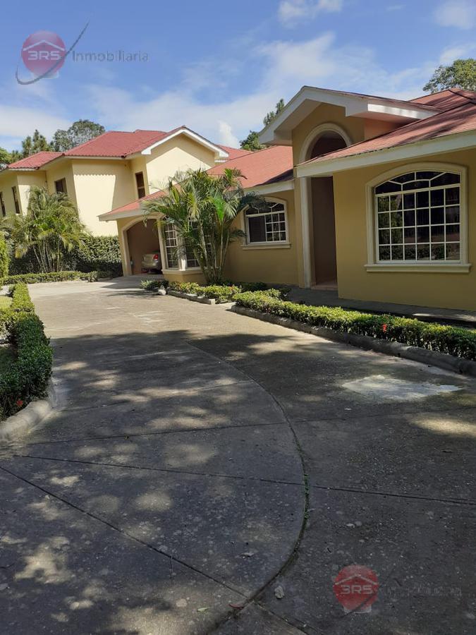 Foto Casa en Renta en  San Pedro Sula,  San Pedro Sula  Residencial Lomas del Pedregal
