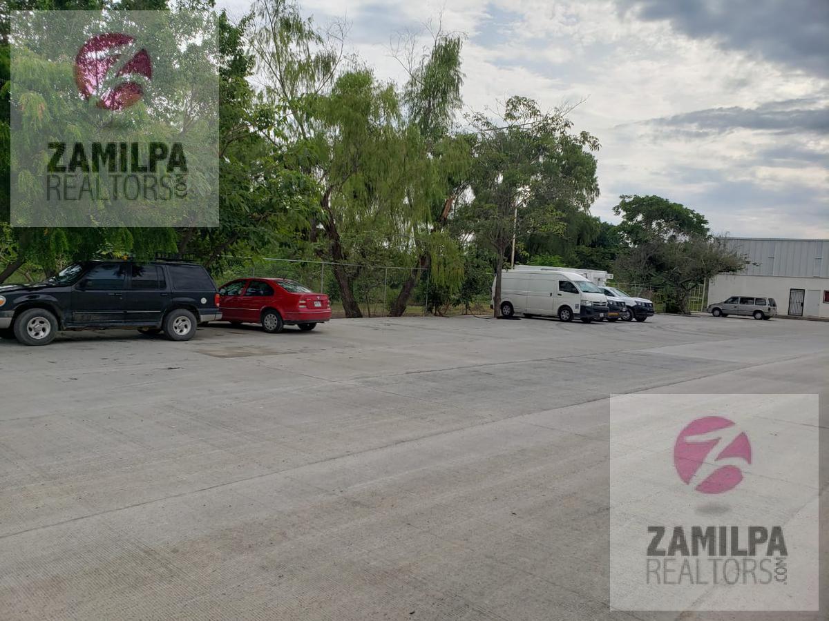 Picture Bussiness Premises in Rent in  Los Portales,  Puerto Vallarta  Los Portales