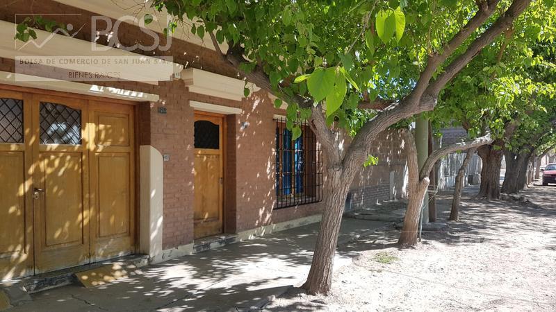 Foto Casa en Venta en  Trinidad,  Capital  O`higgins este al 1000
