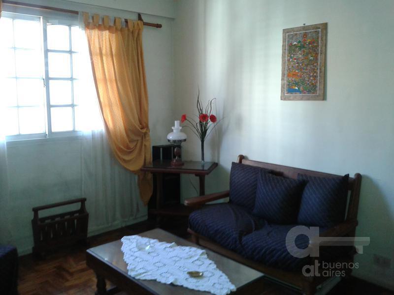 Foto Departamento en Alquiler en  Recoleta ,  Capital Federal  Cerrito al 1500
