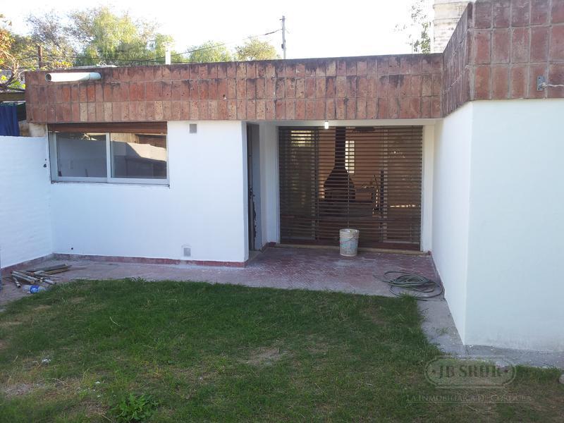 Foto Casa en Venta en  Pque.Latino,  Cordoba  Angaco al 4300