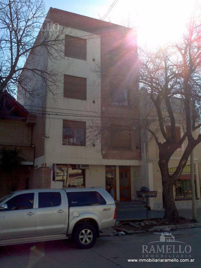 Foto Departamento en Venta en  Centro,  Rio Cuarto  Buenos Aires al 1200
