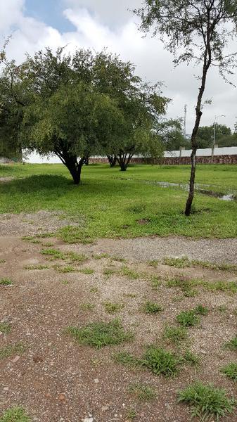 Foto Terreno en Venta en  León ,  Guanajuato  Increíble Lote EN VENTA Residencial Bosque Azul facilidades de pago