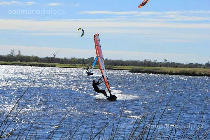 Foto Terreno en Venta en  Acacias,  Puertos del Lago  Puertos del Lago, Bº Acacias-Lote al 700