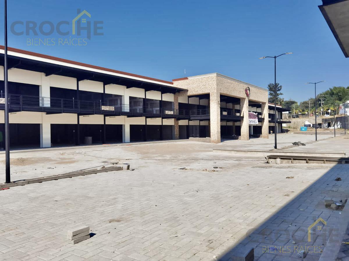 Foto Local en Venta en  La Florida,  Coatepec  Local en venta en Coatepec Veracruz en Plaza Comercial Orquideas en planta alta