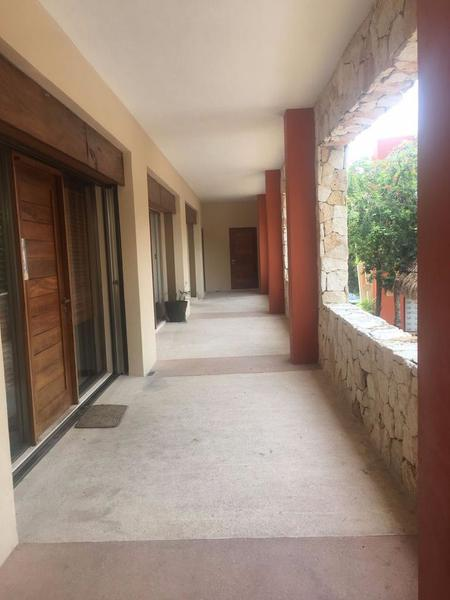 Foto Oficina en Venta en  Solidaridad ,  Quintana Roo  Oficina Comercial Playacar (Local 33)
