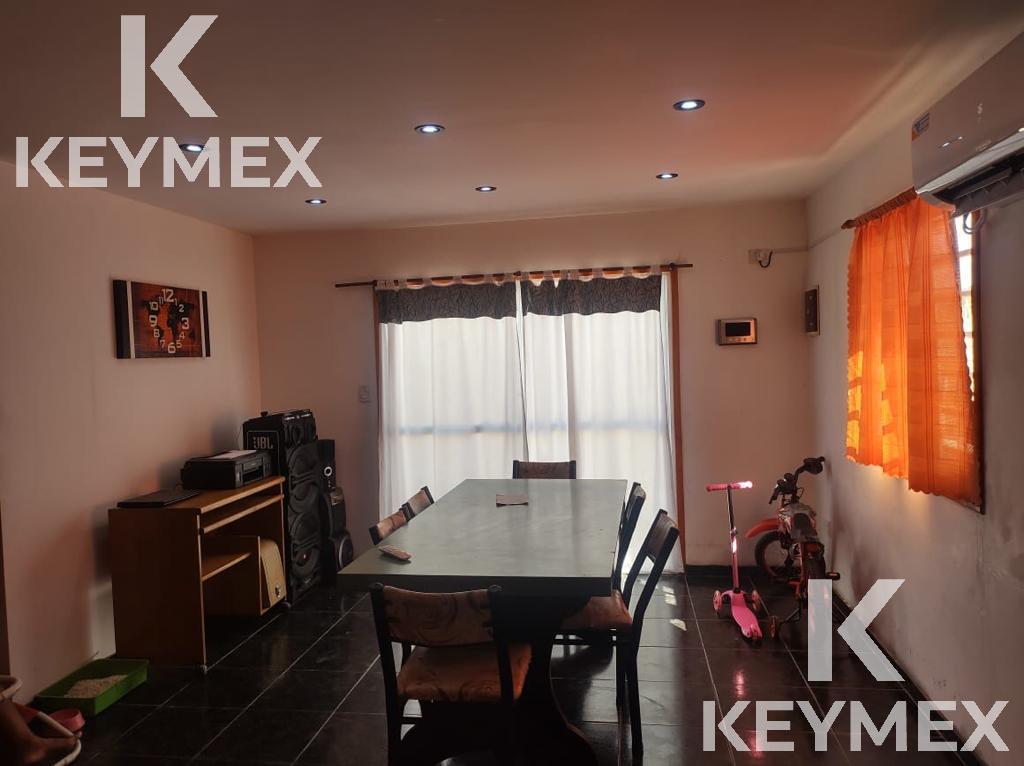 Foto Casa en Venta en  Melchor Romero,  La Plata  137  / 519 Y 520