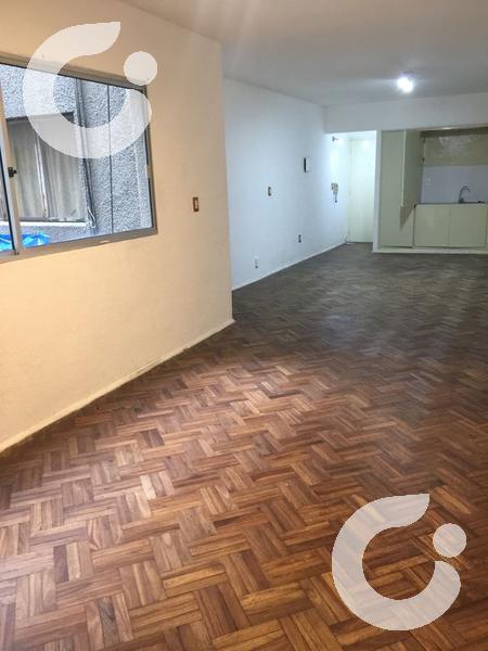 Foto Departamento en Alquiler en  Centro ,  Montevideo  Colonia y Convención