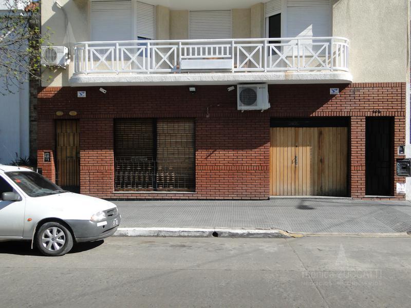 Foto Casa en Venta en  Banfield Oeste,  Banfield  French 160