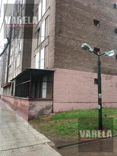 Foto Departamento en Venta en  Villa Lugano ,  Capital Federal  Av. Castañares 4600