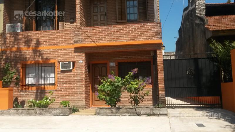 Foto Casa en Venta en  Temperley Este,  Temperley  Albarracín 131