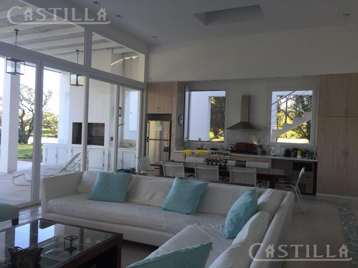 Foto Casa en Venta en  Isla Santa Monica,  Countries/B.Cerrado  Isla Santa Mónica