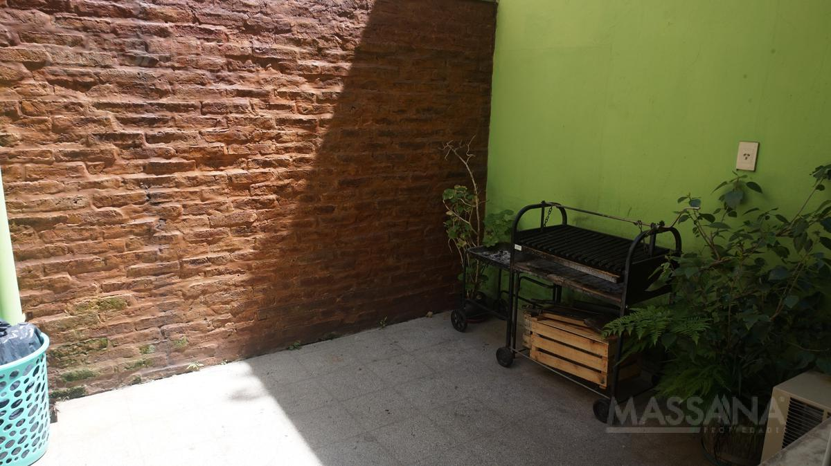 Foto PH en Venta en  Saavedra ,  Capital Federal  CONDE al 4500