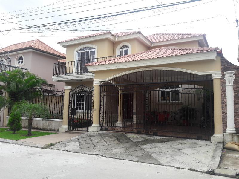 Foto Casa en Venta en  Res. Casa Maya II,  San Pedro Sula  Venta de bonita casa en Residencial Casa Maya 2