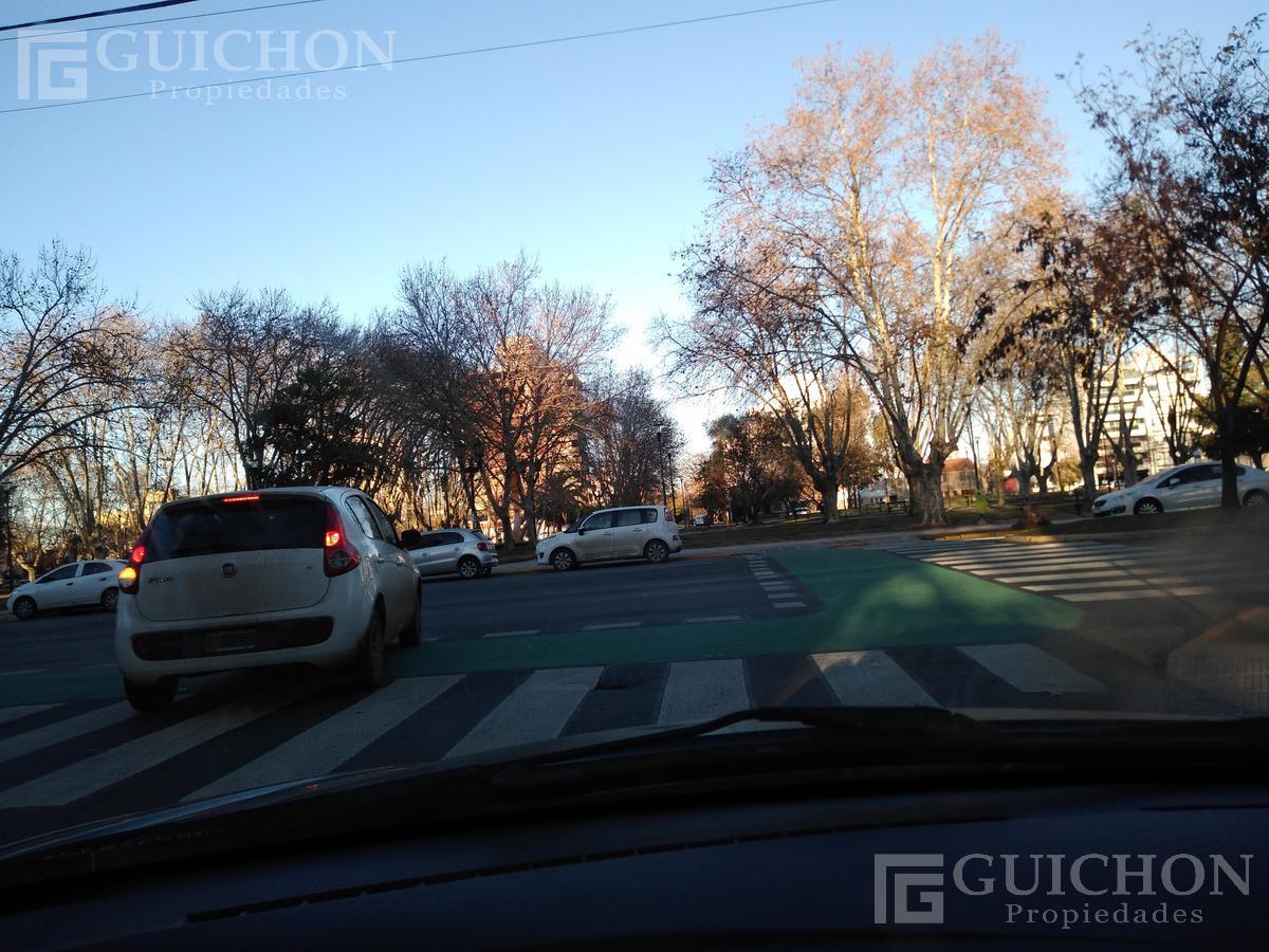Foto Casa en Venta en  La Plata ,  G.B.A. Zona Sur  53.e/ 18 y 19