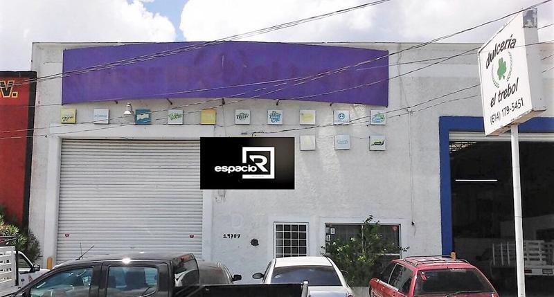 Foto Bodega Industrial en Renta en  Zona Centro,  Chihuahua  BODEGA EN RENTA CON OFICINAS AL NORTE EN AVE COLÓN