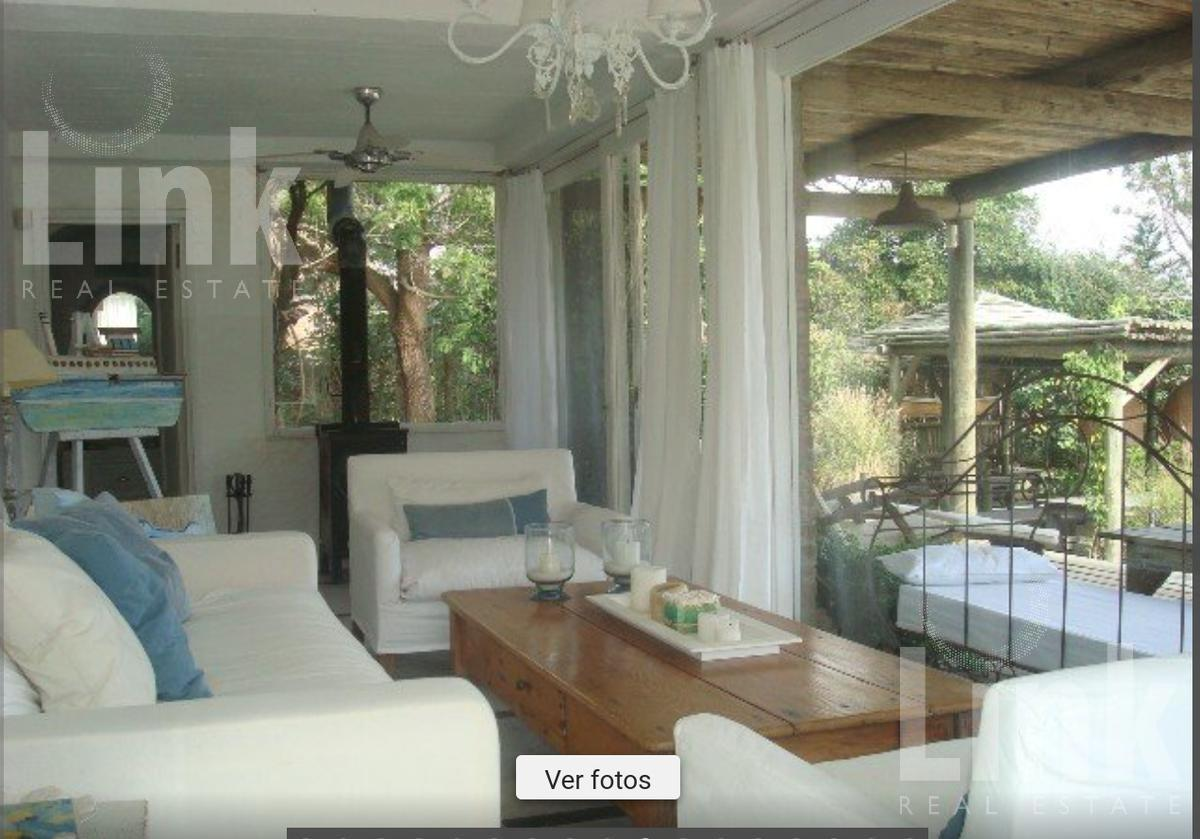 Foto Casa en Venta en  La Barra ,  Maldonado  La Barra