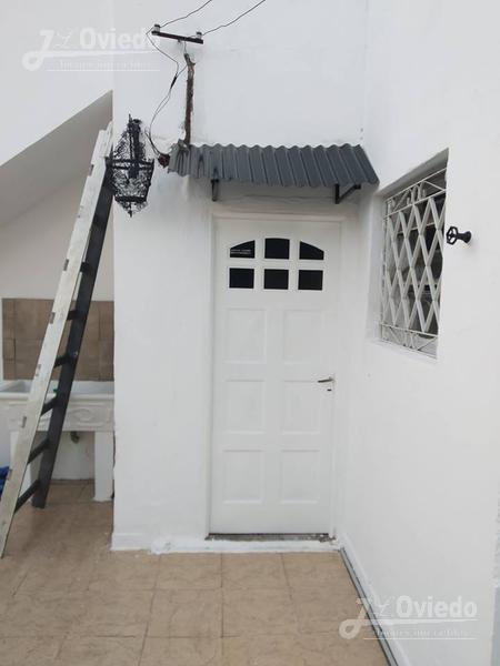 Foto Casa en Alquiler en  Ituzaingó ,  G.B.A. Zona Oeste  Ombu al 1600