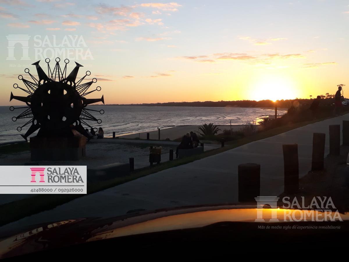 Foto Casa en Venta en  Atlántida ,  Canelones  Venta- casa en Atlántida, canelones, Uruguay.