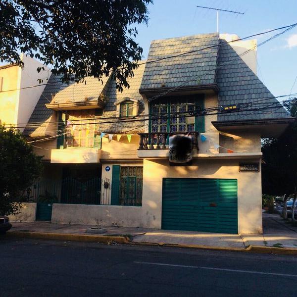 Foto Casa en Renta en  San Javier,  Tlalnepantla de Baz  SAN JAVIER - TLALNEPANTLA