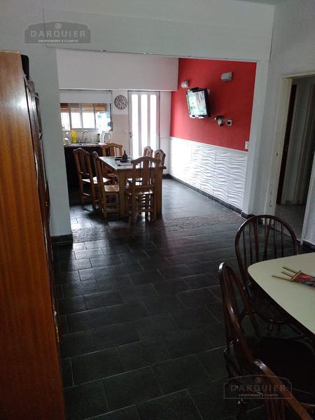 Foto Casa en Venta en  Llavallol,  Lomas De Zamora  LUZURIAGA 641