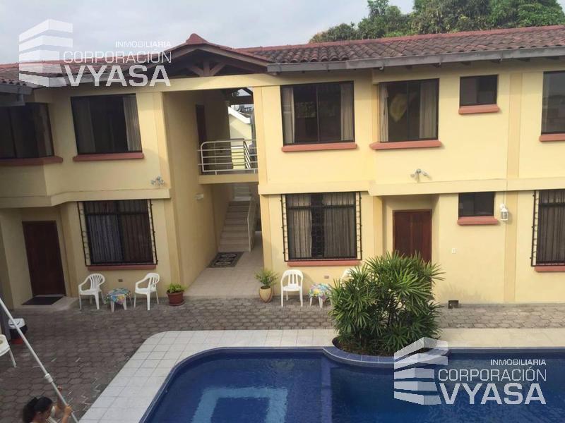 Foto Edificio Comercial en Venta en  Tonsupa,  Atacames  Tonsupa, Conjunto Vacacional, 750 m² en Venta