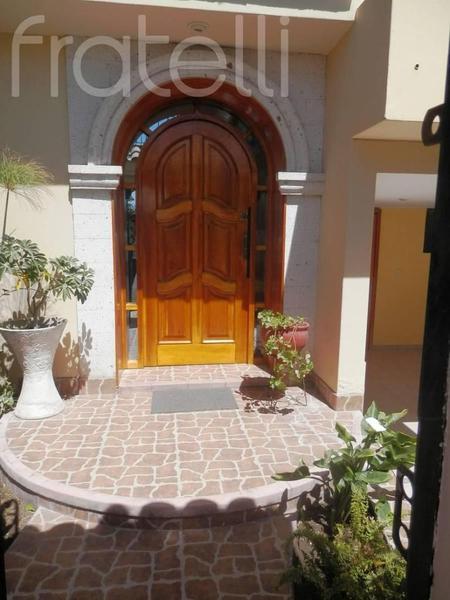 Foto Casa en Alquiler en  Cayma,  Arequipa  CASA AMOBLADA - CAYMA