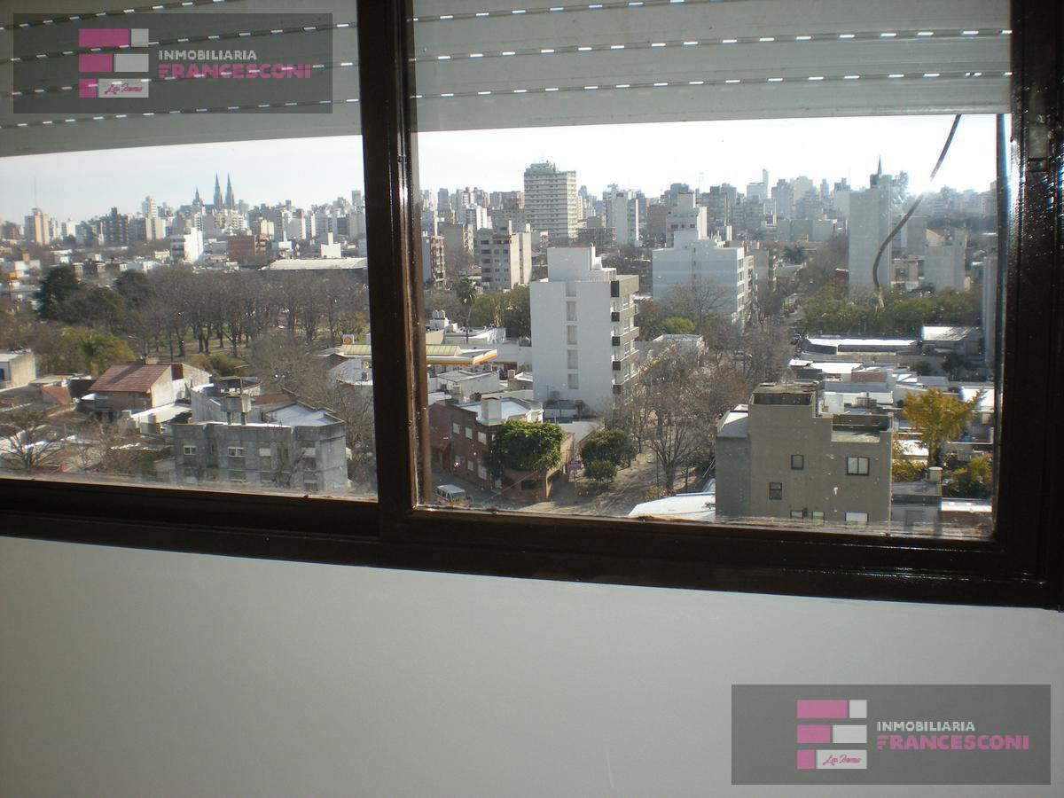 Foto Departamento en Alquiler en  La Plata ,  G.B.A. Zona Sur  6 n al 1700